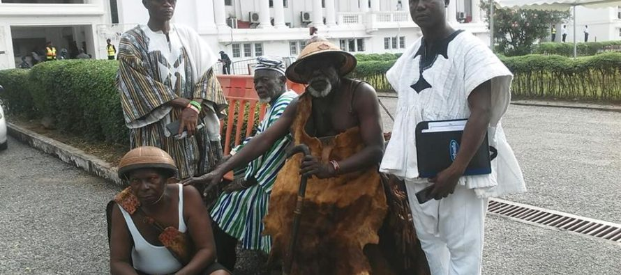 Juju men at Supreme Court Ahead of Montie FM's Judgment? Check this PHOTO
